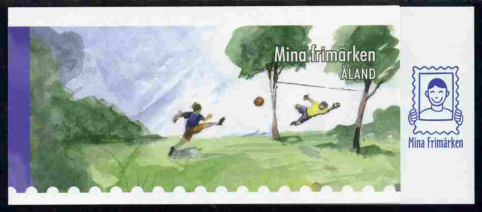 Booklet - Aland Islands 2007 Girls Football (8 x 1st Class) self-adhesive booklet complete and fine SG SB20