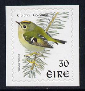 Ireland 1997-2000 Birds - Goldcrest 30p self adhesive Perf 9x10 unmounted mint SG 1086