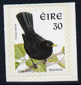 Ireland 1997-2000 Birds - Blackbird 30p self adhesive Perf 9x10 with phosphor frame unmounted mint SG 1087p