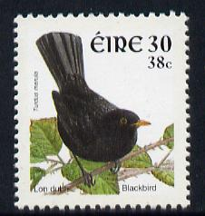 Ireland 2001 Birds Dual Currency - Blackbird 30p/38c unmounted mint SG 1424