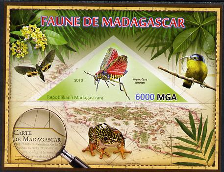 Madagascar 2013 Fauna - Phymateus Grasshopper imperf sheetlet containing one triangular value unmounted mint