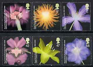 Great Britain 2004 Royal Horticultural Society Bicentenary (Flowers) perf set of 6 unmounted mint SG 2456-61
