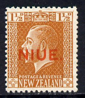 Niue 1917-21 KG5 1.5d orange-brown unmounted mint SG 26