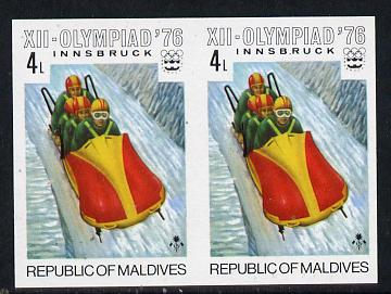 Maldive Islands 1976 Winter Olympics 4l (4-man Bobsleigh) unmounted mint imperf pair (as SG 627)