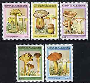 Guinea - Conakry 1995 Mushrooms complete unmounted mint set of 5 values, Mi 1568-72*