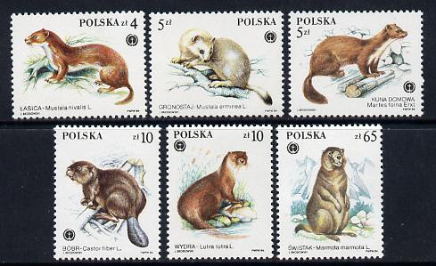 Poland 1984 Fur Bearing Animals set of 6 unmounted mint (SG 2962-7)