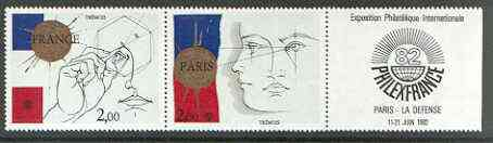 France 1981 'Philexfrance 82' (2nd issue) se-tenant set of 2 plus label unmounted mint, SG 2415-16
