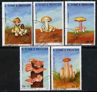 St Thomas & Prince Islands 1988 Fungi perf set of 5 very fine cto used