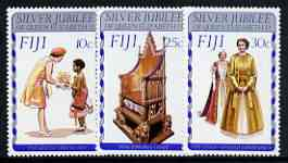 Fiji 1977 Silver jubilee perf set of 3 unmounted mint, SG 536-38