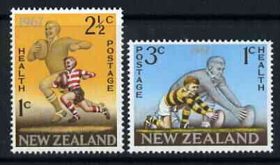 New Zealand 1967 Health - Rugby set of 2 unmounted mint, SG 867-68*