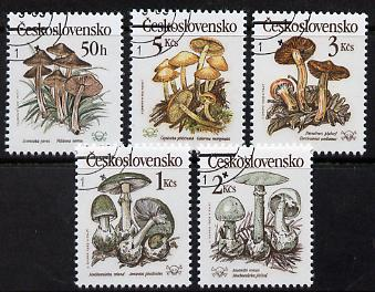 Czechoslovakia 1989 Poisonous Fungi perf set of 5 fine cds used, SG 2992-96, Mi 3017-21*, stamps on fungi