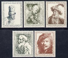 Netherlands 1956 Cultural & Social Fund - Birth Anniversary of Rembrandt perf set of 5 unmounted mint, SG 826-30