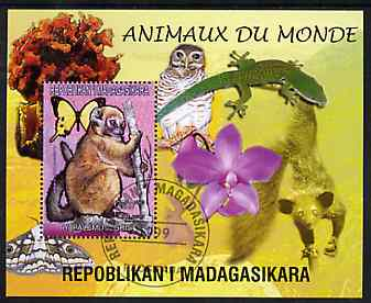 Madagascar 1999 Animals of the World #09 perf m/sheet showing Lemur #3, background shows Owl, Butterfly, Lizard & Orchid, fine cto used