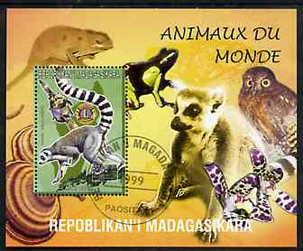 Madagascar 1999 Animals of the World #10 perf m/sheet showing Lemur #4 with Lions Int Logo, background shows Owl, Fungi, Frog & Orchid, fine cto used