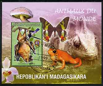 Madagascar 1999 Animals of the World #17 perf m/sheet showing Rousette Bat with Lions Int Logo, background shows Frog, Butterfly, Reptile, Fungi & Orchid, fine cto used