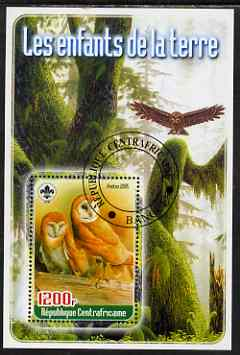 Central African Republic 2005 Young Animals of the World #5 (Owls) perf souvenir sheet containing 1 value with Scout logo, fine cto used