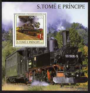 St Thomas & Prince Islands 2003 Steam Locomotives perf s/sheet containing 1 value unmounted mint Mi BL465, Sc 1568