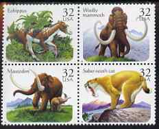 United States 1996 Prehistoric Animals se-tenant block of 4 (Mastodon, Sabre-tooth Tiger, Eohippus, Woolly Mammoth) unmounted mint, SG 3215a