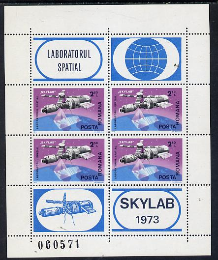 Rumania 1974 Skylab Space Laboratory m/sheet containing block of 4 & 4 labels unmounted mint, as SG 4119, Mi BL 117