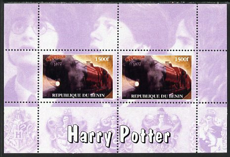 Benin 2001 Harry Potter & Hogwarts Express perf sheetlet containing 2 values (mauve background) unmounted mint. Note this item is privately produced and is offered purely...