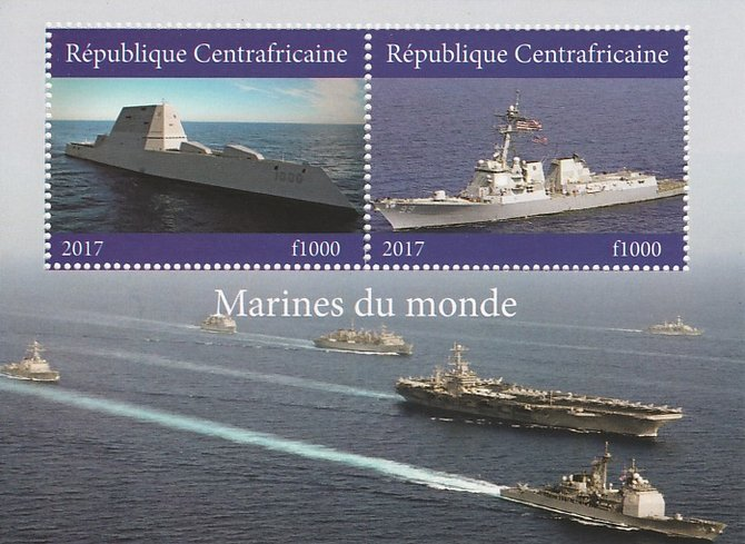 Central African Republic 2017 Ships of the World #1 perf sheetlet containing 2 values unmounted mint