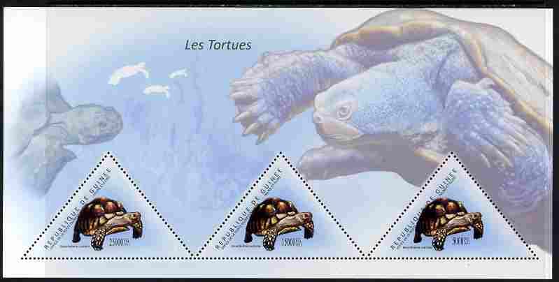 Guinea - Conakry 2011 Turtles perf sheetlet containing 3 triangular shaped values unmounted mint