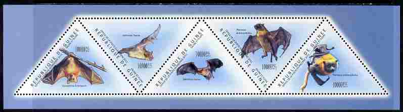 Guinea - Conakry 2011 Bats perf sheetlet containing set of 5 triangular shaped values unmounted mint